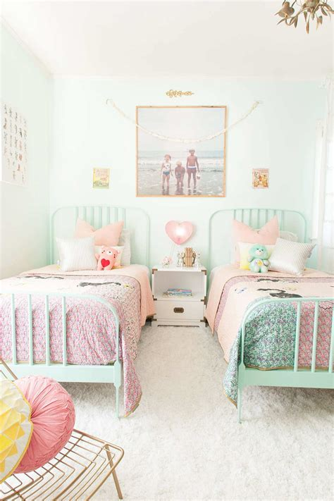 cozy girls room decorating ideas iroonie com 10 pretty pastel girls rooms pastel girls room cozy