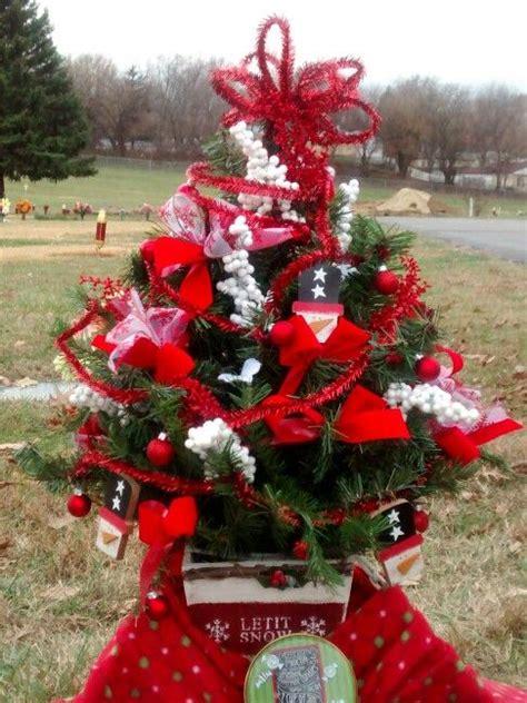 17 best images about aaron s graveside flowers christmas