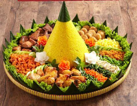 cara membuat nasi kuning yang mudah cara membuat nasi tumpeng kuning dengan mudah gambeto com