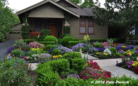 Flower Garden Houston Drive By Gardens No Lawn Flower Garden At Houston Heights Bungalow Digging