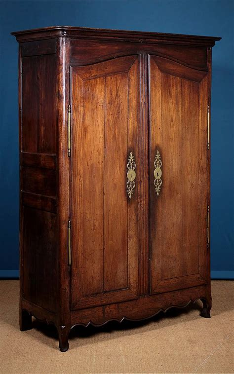 thc french oak armoire  wardrobe  antiques atlas