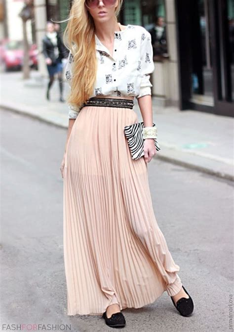 amazing 12 simple way wearing maxi skirt to a wedding
