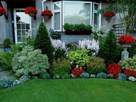 plants choice  modern home garden  ideas
