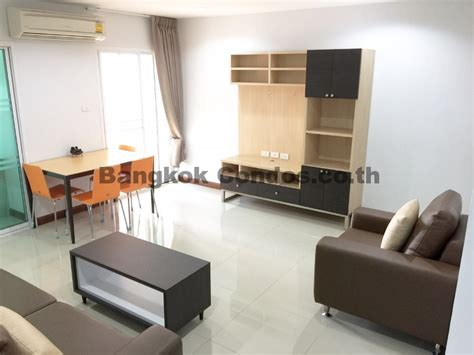 2 bedroom apartments pet friendly dog friendly 2 bedroom apartment for rent ekkamai pet friendly apartment rental