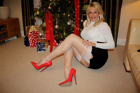 women in boots imagefap 316 32 linda bareham pinterest stockings and high heel