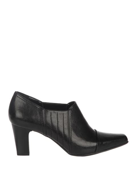 franco sarto leather highheel ankle boots in black
