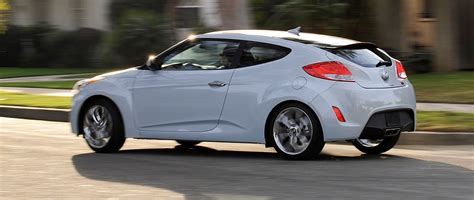 2014 Hyundai Veloster Msrp by 2014 Hyundai Veloster Reflex Brings Exclusive White Finish