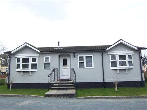 two bedroom mobile homes for sale 2 bedroom mobile home for sale in box hill tadworth kt20