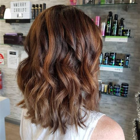 Brown Hairstyles With Highlights by 32 Sweetest Caramel Highlights On Brown Hair Tending In 2018