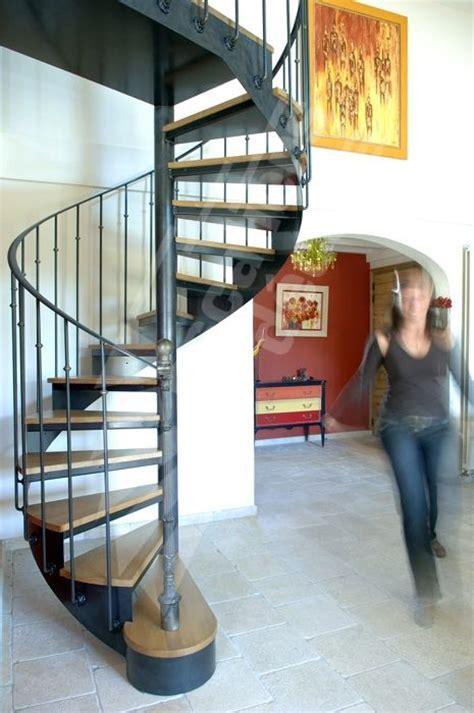 photo dh45 spir d 201 co 174 bistrot sans contremarche escalier int 233 rieur h 233 lico 239 dal m 233 tal et bois