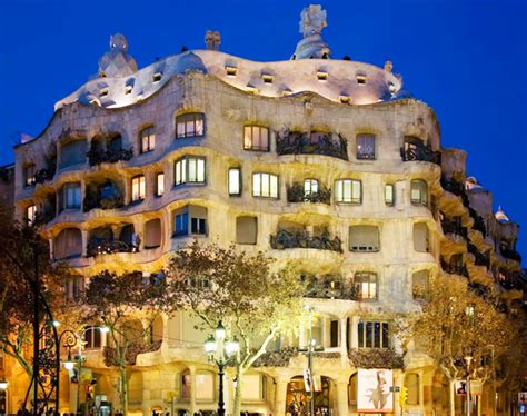 casa mila barcelona casa mila la pedrera din barcelona spania portal turism
