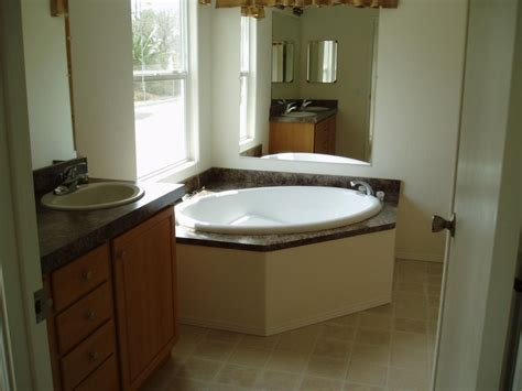 Bathtubs For Manufactured Homes by Bathtubs For Mobile Homes On Almond Fiberglass Tub 28