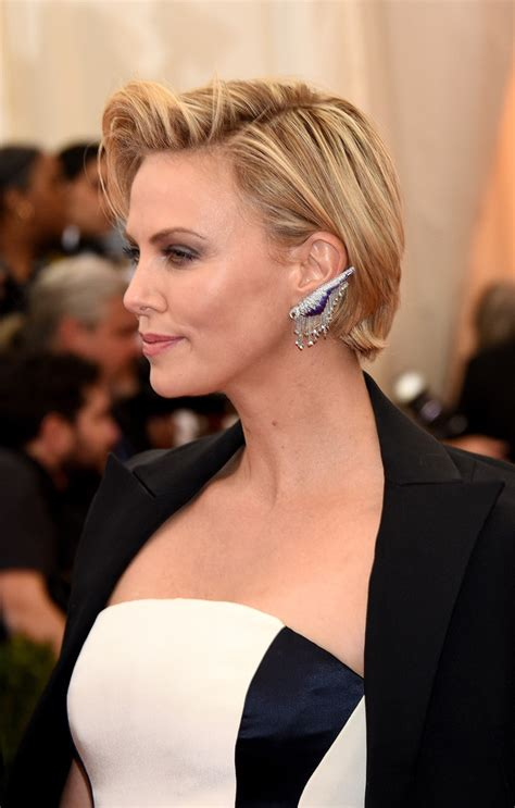 Charlize Theron Short Side Part   Short Hairstyles
