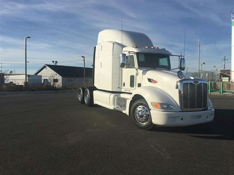 Sleeper Semi Trucks For Sale by 2013 Peterbilt 386 Sleeper Truck For Sale 465 125