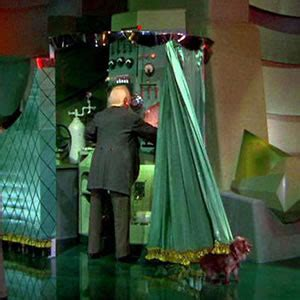 wizard of oz curtain the man behind the curtain alternate memories