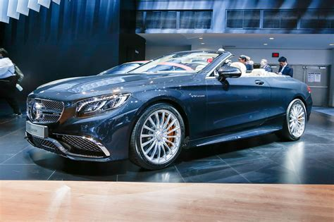 convertible mercedes 2017 2017 mercedes amg s65 cabriolet is a 621 hp 186 mph