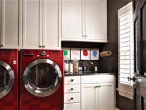 natural materials create farmhouse kitchen design hgtv natural materials create farmhouse kitchen design hgtv