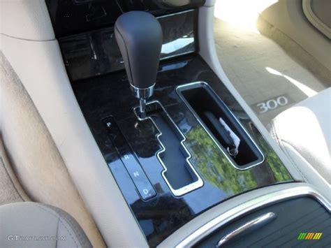 2012 chrysler 300 standard 300 model 5 speed autostick
