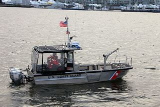boat auctions portland oregon new england lighthouses a visit to borden flats lighthouse
