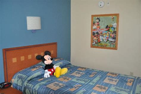 disney pop century resort bed bugs cama habitacion picture of disney s pop century resort