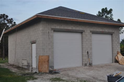 Cinder Block Storage Shed by Concrete Block Garage Walls Journal Board Home Plans