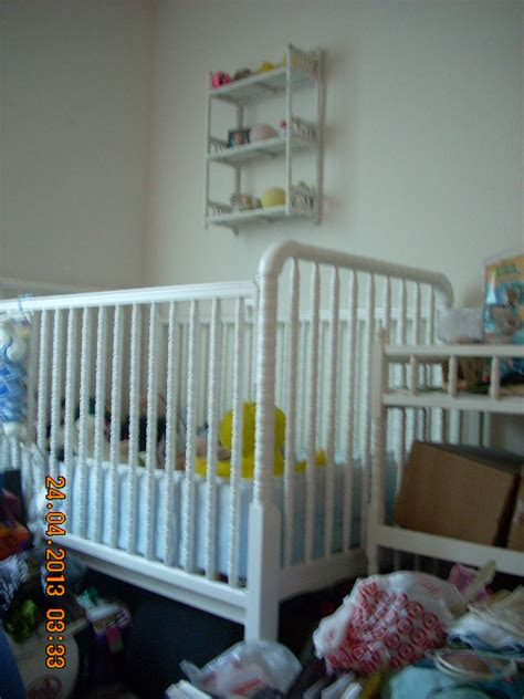 Baby Crib Set And Changing Table In Daryck S Garage Sale Baby Crib And Changing Table Set