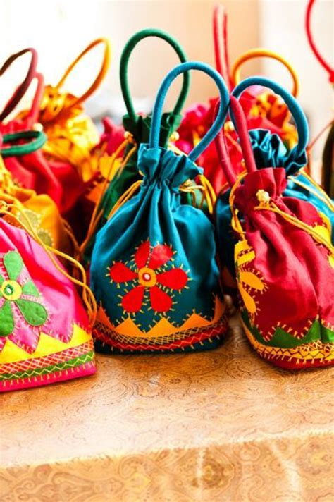 Wedding Gift Options India by 10 Unique Indian Wedding Gifting Ideas That Your Guests