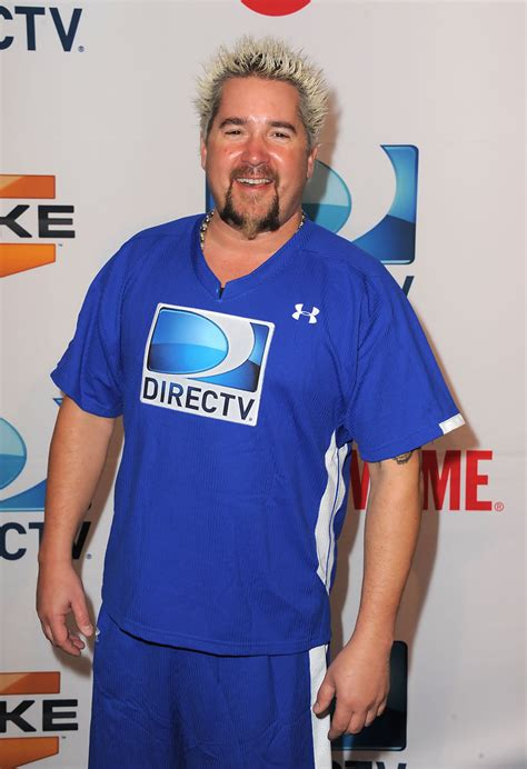who is the guy in the direct tv commercial playing the guitar guy fieri in directv s fifth annual celebrity beach bowl
