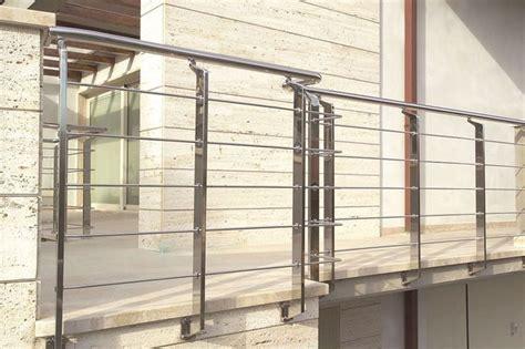 ringhiera prefabbricata 25 best ideas about ringhiere in ferro su