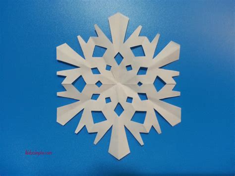 Make Your Own Snowflake Out Of Paper - make your own paper snowflake 28 images cool how to