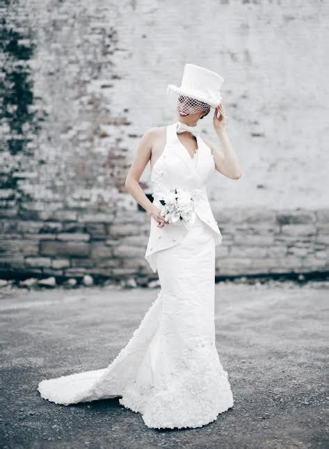 How To Make Toilet Paper Dress - can you believe these wedding dresses are made of toilet