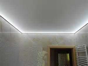 spanndecken beleuchtung badezimmer spanndecke led kreative ideen f 252 r ihr zuhause