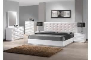 king bedroom sets image:  platform bedroom sets on elegant bedroom furniture king size bed