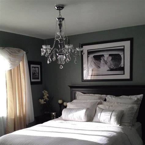 Here Is The Great Bedroom Decorating Tips For Newlyweds
