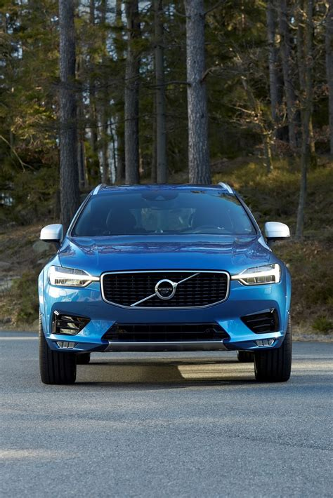 volvo global volvo s all new xc60 suv makes global debut 80 pics video