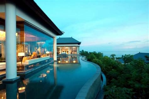 top   beautiful hotel pools  stunning views