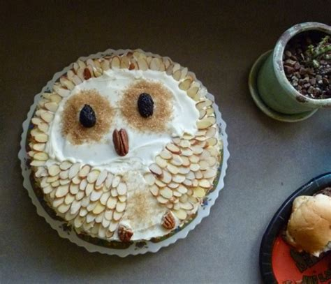 Think Cook Cook Ornamen Owl about owls content in a cottage