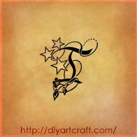 stelle con lettere pi 249 di 25 fantastiche idee su lettera m tatuaggi su