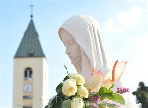 noticias virgen de medjugorje jornada espiritual quot en el coraz 243 n de la madre