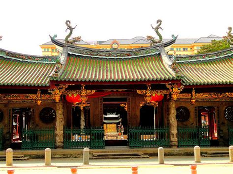 Entrance Doors thian hock keng temple places in singapore world top top
