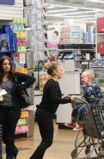 bed bath and beyond johnson city hilary duff shopping at bed bath beyond celebzz celebzz