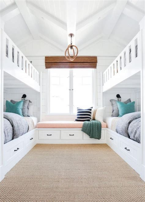 lake house bedroom 25 best ideas about lake house bedrooms on pinterest