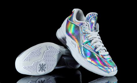 dwayne wade shoes dwyane wade s all 2016 sneakers go platinum sole