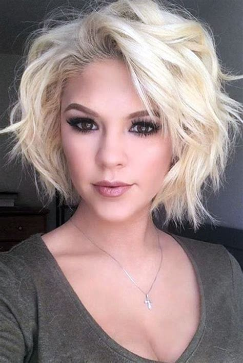 Best 25  Short haircuts ideas on Pinterest   Medium hair