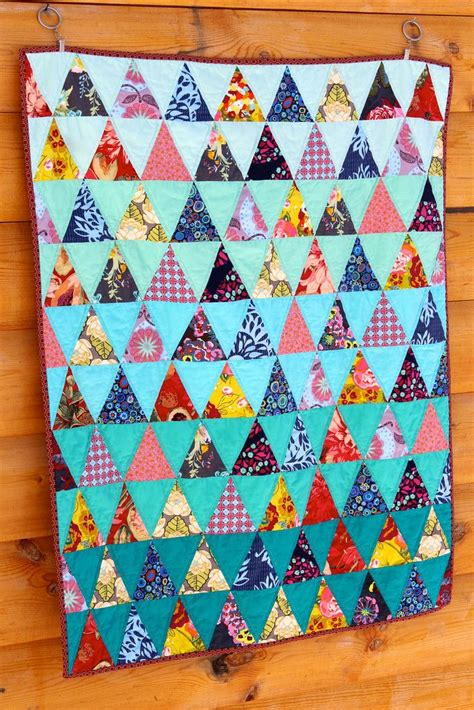 triangle pattern baby quilt 110 best ombre images on pinterest jellyroll quilts