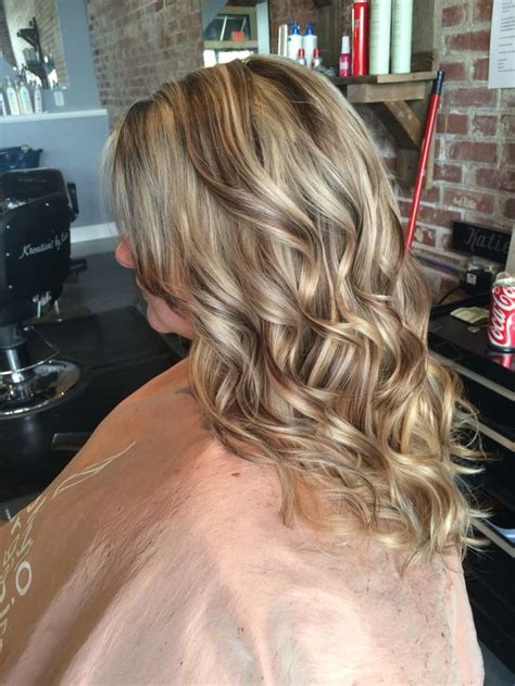 highlights and low lights for over 50 awesome blonde highlight with warm brown lowlights chunky