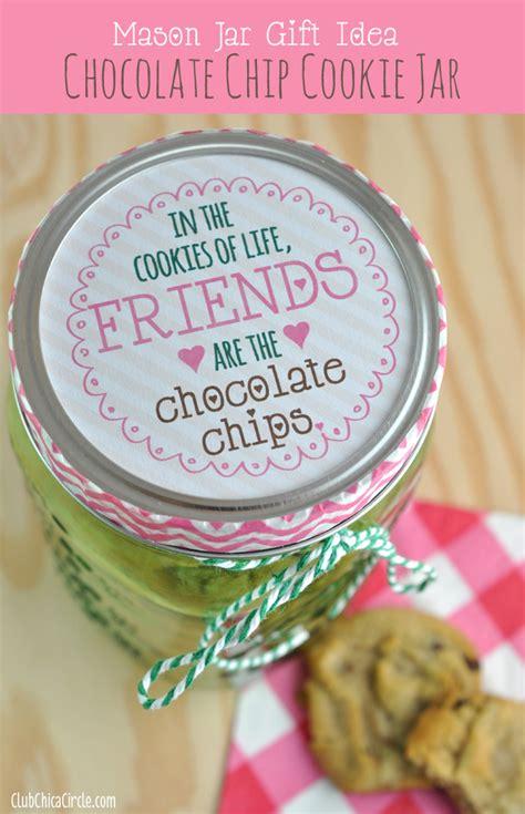 mason jar gift idea chocolate chip cookie jar club chica circle where crafty is contagious