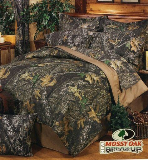 camo bedrooms best 25 camo bedding ideas on pinterest camo stuff