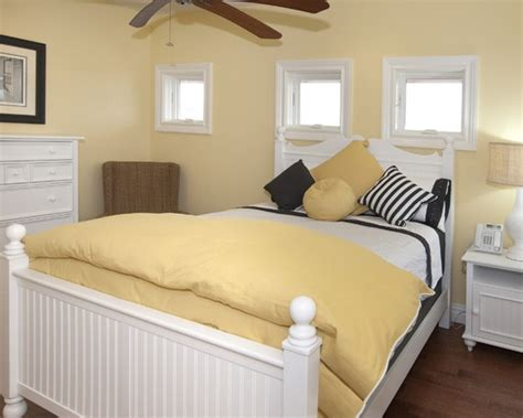 17 best ideas about pale yellow bedrooms on pale yellow walls yellow paint colors