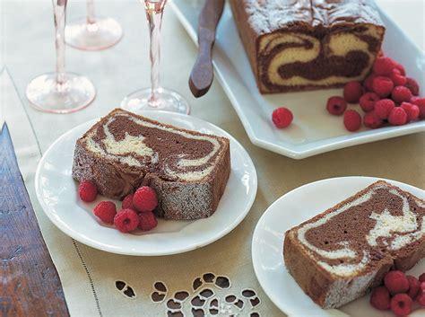 18 easy cake recipes birthday cakes and more cookstr com